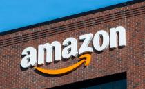 亚马逊在近七年前提供了首批企业云存储服务之�